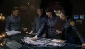 Admiralka Helena Cain sa svojim najbližim suradnicima.
