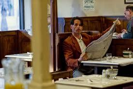 Monty u restoranu u kojem je Mildred radila